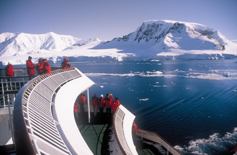 Sailing Antarctica's Neumeyer Channel