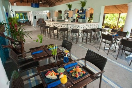 Dining at Coyaba Beach Resort in Montego Bay, Jamaica