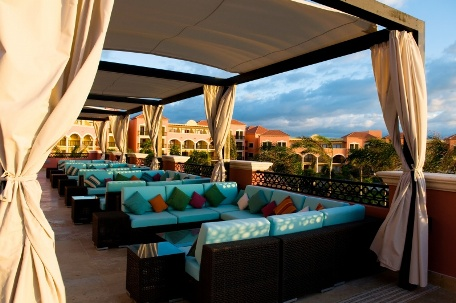 Beachside Lounge at Ocean by H10 Hotels